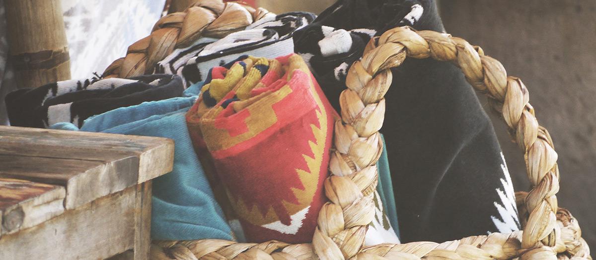 Erilaisia tekstiilitöitä